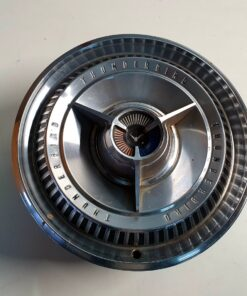 15 inch Ford Thunderbird Deluxe hubcaps (1)
